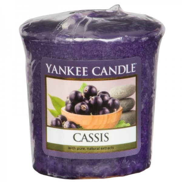 Yankee Candle Cassis - Votivkerze - inkl. Gratis Stabfeuerzeug *