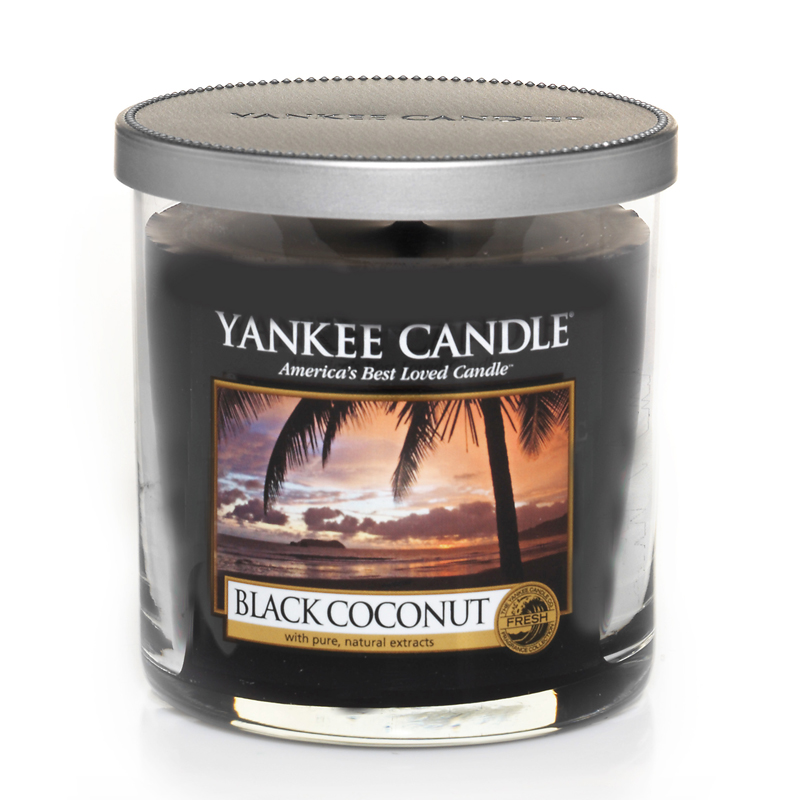 yankee candle black coconut perfect pillar inkl gratis stabfeuerzeug. Black Bedroom Furniture Sets. Home Design Ideas